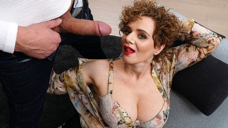 Hot Mature Merce Loves A Throbbing Hard Cock