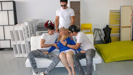 Three Strapping Young Lads Fuck Big Breasted Mature Musa