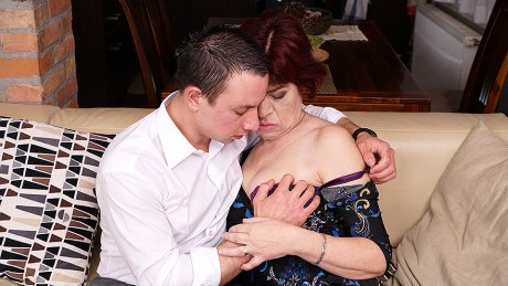 Horny Mature Lady Having Great Sex With Her Younger Lover