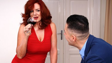 Hot Milf Andi James Fucking And Getting A Squirting Orgasm