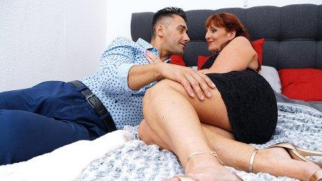 Horny Beau Diamonds Fucking And Sucking Her Ass Off