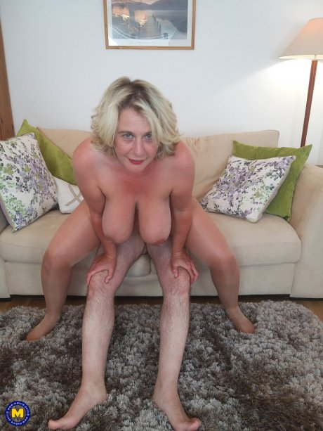 Horny big breasted Camilla loves to suck the cum out of her lover