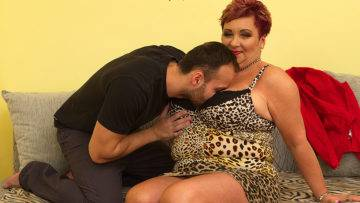 Big Breasted Housewife Mireila Fucking And Sucking - presnted by Mature.nl