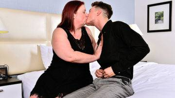 Curvy Mature Lady Fooling Around With Her Toy Boy - presnted by Mature.nl