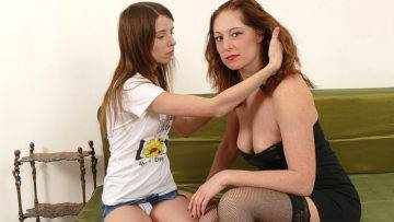 Horny Old And Young Lesbians Make Out On The Couch - presnted by Mature.nl