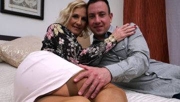 Naughty British Housewife Doing Her Strapping Lover - presnted by Mature.nl