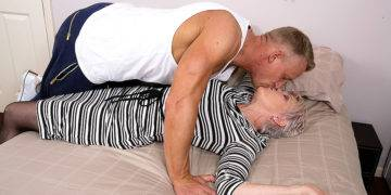 Naughty British Mature Lady Fucking And Sucking Her Toy Boy - presnted by Mature.nl