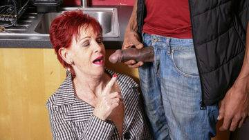 Naughty British Mature Lady Gets A Big Hard Black Cock To Please Her - presnted by Mature.nl
